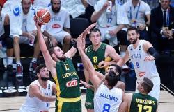 Баскетбол. Литовская дружина вырвала победу у грозных итальянцев и вышла в полуфинал ЧЕ