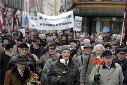 Эстонское Vikkerradio: О ежегодном чествовании Легионеров СС 16 марта в Риге