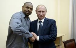 Бокс. Понты `нового русского` Роя Джонса привели к глубокому нокауту уже в 4-м раунде