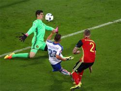 Футбол. ЧЕ-2016. Забив два гола в ворота Бельгии, итальянцы вышли в лидеры группы `Е`