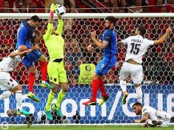 Футбол. ЧЕ-2016. Албания не дотерпела всего минуту, проиграв сборной хозяев первенства