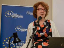 Депутат Европарламента от Эстонии Яна Тоом готова вступить в борьбу за пост главы ЦПЭ