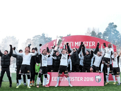 Футбол. Чемпионат Эстонии. Клуб `Инфонет` вошёл в историю, как седьмой чемпион страны