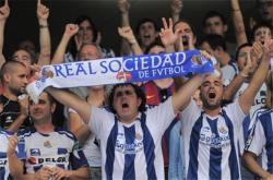 Футбол. Чемпионат Испании. `Барса` чудом ушла от поражения в матче с `Реал Сосьедадом`