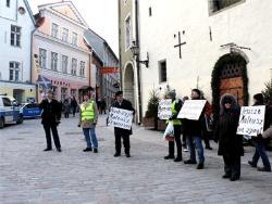 День прав человека: У посольства Польши в ЭР прошёл пикет в поддержку Матеуша Пискорского