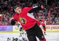 НХЛ-2016/17. Марк Стоун повторил достижение Алексея Ковалева, набрав 5 очков в одном матче