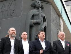 Алексей Есаков: Приду на пикет против Rail Baltic в ответ на цветы от эстонцев к 9 мая