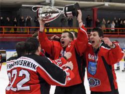 Нарвский ПСК второй год подряд стал лучшей командой Эстонии по хоккею