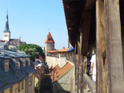 Две башни крепостной стены Старого Таллина выставлены городом на арендный аукцион