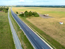 Вместо четырёхполосной дороги между Йыхви и Нарвой пока построят лишь трёхполосное шоссе
