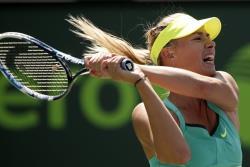 Теннис. Мария Шарапова не смогла пробиться в финал, уступив Кристине Младенович