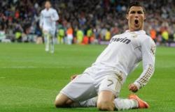 Футбол. Чемпионат Испании. Криштиану Роналду пошел на пятую сотню, `Реал` в шаге от титула