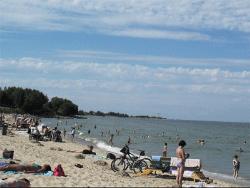 Власти таллинского Пирита предлагают отдать нудистам весь пляж в другом районе города
