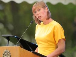 Президент Эстонии в праздничной речи предупредила свой народ об угрозе `самоокупации`