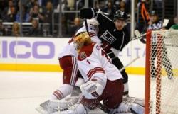 НХЛ. `Короли Лос-Анджелеса` и `Канадцы Ванкувера` проведут два выставочных матча в Китае