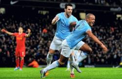 Футбол. Чемпионат Англии. Фиаско `Челси` и `Арсенала`, триумф `Горожан Манчестера`