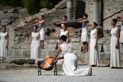 В греческой Олимпии зажжен огонь зимних Игр 2018 года, которые пройдут в Пхенчхане