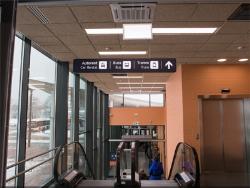 До трамвая и автобуса в таллинском аэропорту теперь можно дойти по крытой галерее
