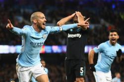 Футбол. Чемпионат Англии. `Манчестер Сити` в третий раз кряду выиграл со счетом 2:1