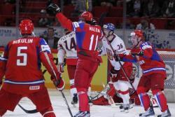Хоккей. ЧМ-2012. Россияне довели серию побед до шести матчей подряд