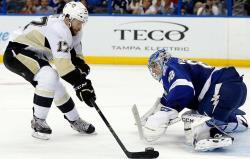 НХЛ-2017/18. `Питтсбург` вышел в плей-офф, травма Семена Варламова, поражение `Пантер`