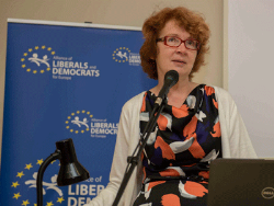 Яна Тоом направила в ООН и международные правозащитные организации запрос по «делу Жданок»