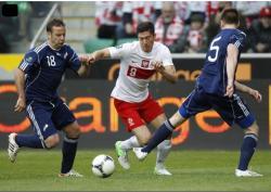 Футбол. Евро-2012. Стартовый матч команд Польши и Греции завершился боевой ничьей