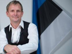 И снова штрафы: От фракции Isamaa в парламенте Эстонии вновь получена `языковая` поправка