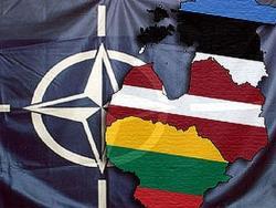 Латвия, Эстония и Дания формируют в Адажи совместный `Штаб обороны Прибалтики`