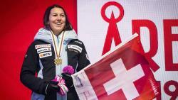Горные лыжи. ЧМ-2019. Историческая победа швейцарки Венди Холденер в суперкомбинации