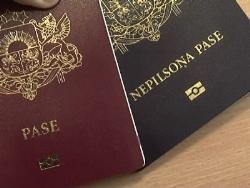 Референдум против наличия в Латвии неграждан могут сорвать русские политики страны