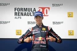 Формула-1. Даниил Квят стал третьим на Гран-при Германии, выиграл Макс Ферстаппен