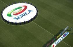 Футбол. Чемпионат Италии. Римские `Лацио` и `Рома` удачно сыграли с `Миланом` и `Наполи`