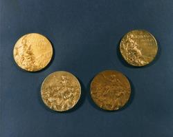 Золотую медаль Олимпиады 1936 года выставили на аукцион за рекордные 2 миллиона долларов
