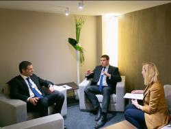 Старые песни о главном: Премьер-министр Эстонии рассказал в Давосе об э-государстве