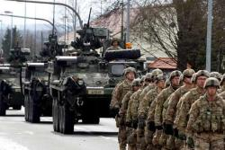 `Стальные бойцы` из НАТО пройдут по Латвии, несмотря на распространение коронавируса