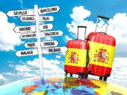 Глава правительства Испании обещает в июле возвращение в страну туристов из-за рубежа
