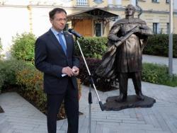 В Москве представили памятник Фаддею Беллинсгаузену, который будет установлен в Бразилии