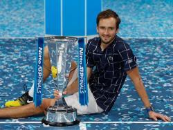 Теннис. Россиянин Даниил Медведев выиграл в Лондоне итоговый турнир ATP сезона 2020 года