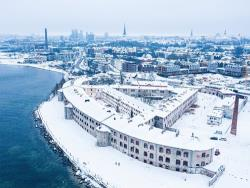 Таллинский снежный городок в 2021 году будет построен в Батарейной морской крепости