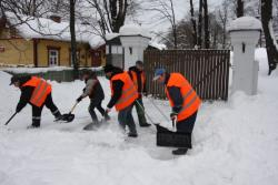 «Таллинский снежный терминатор-2021»: Власти города ждут информации о лучших дворниках
