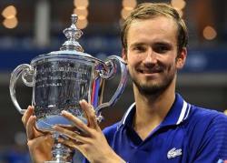 Россиянин Даниил Медведев выиграл свой первый турнир `Большого шлема` - US Open