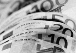 Правительство Эстонии  предлагает  повысить  зарплаты врачам страны за счет безработных