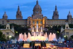 Барселона становится всё более популярной у бюджетных туристов