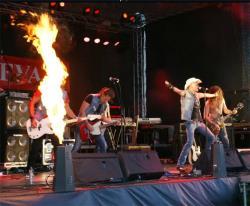 В Шестом нарвском байкерском фестивале приняли участие группы Smokie и Lordi