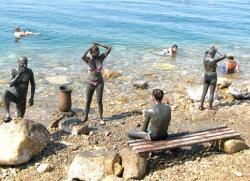 Болгария: Бесплатные соляные и грязевые курорты Бургаса стали комфортнее