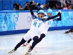 Сочи-2014. Шорт-трек. Россияне Виктор Ан и Владимип Григорьев выиграли забег на 1000 м.