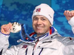Сочи-2014. Биатлон. `Золото` смешанной эстафеты стало рекордной медалью для Бьорндалена