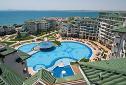 Власти Болгарии надеются на сохранение потока туристов и из России, и с Украины
