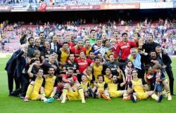Футбол. Чемпионат Испании. Мадридский `Атлетико` в `золотом матче` выиграл Примеру